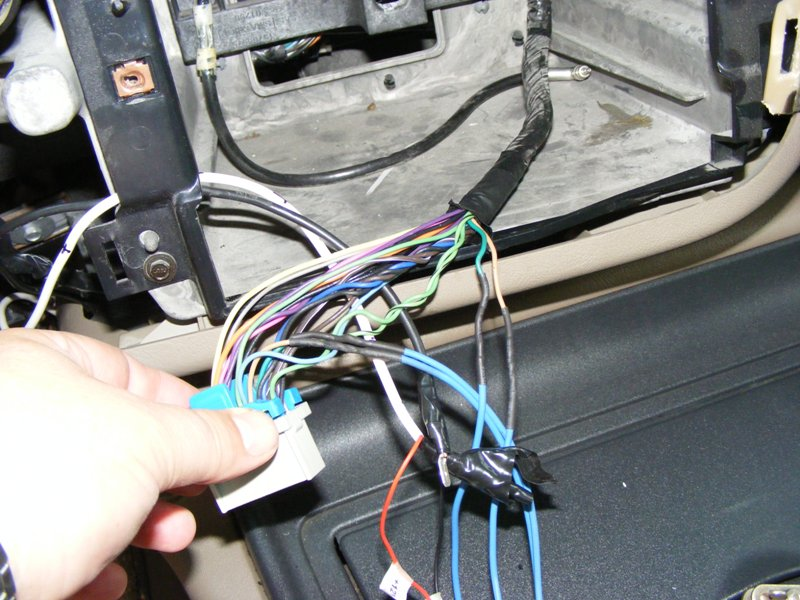 Stereo Wiring Diagram Together With 2002 Chevy Avalanche Stereo Wiring